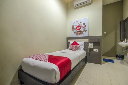 Capital O 1822 Wahana Inn Singkawang - Bedroom