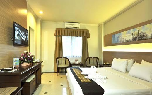 Hotel Grasia Semarang - Deluxe Room