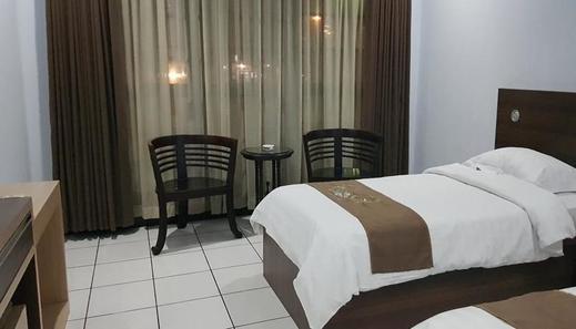 Mandalawangi Hotel Tasikmalaya - Kamar Superior
