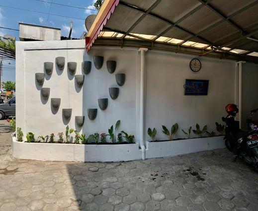Rumah Kayu by Symphony Yogyakarta - parkir
