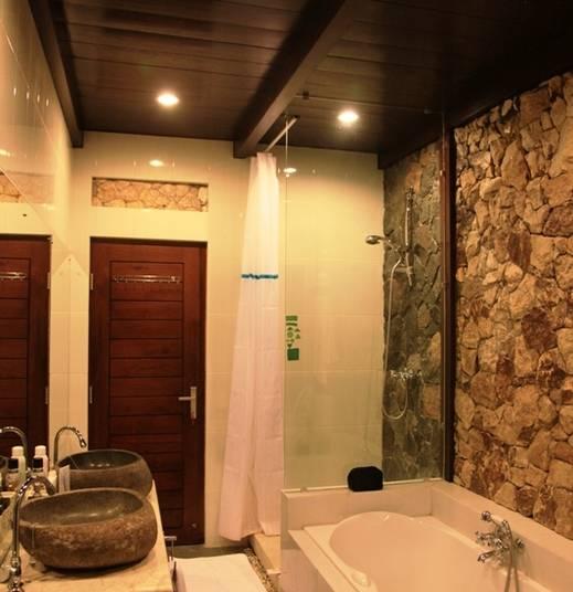 Villa Alcheringa Yogyakarta - Khayangan Wetan - Kamar Mandi