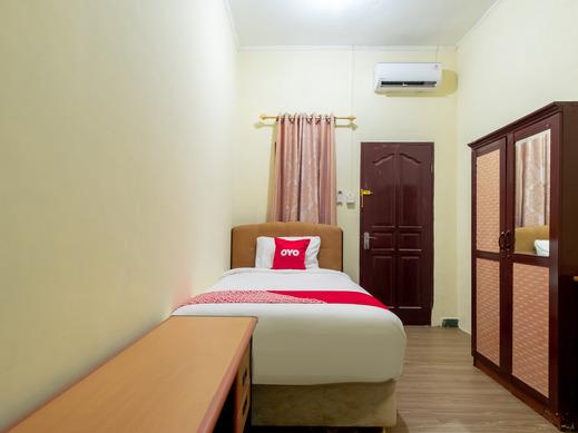 OYO 1697 Rumah Ekologis Medan - BEDROOM ST S