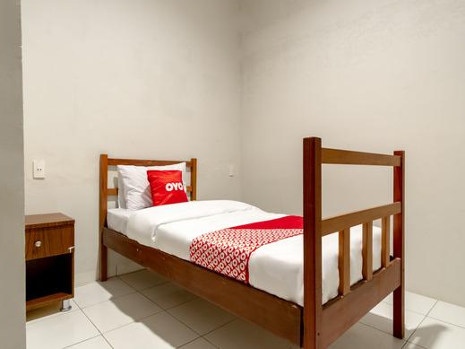 OYO 2345 Homestay Jaya Medan - Bedroom SS