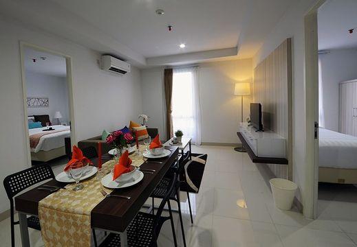Calm Room Azalea Suites Cikarang by Jayakarta Group Bekasi - interior
