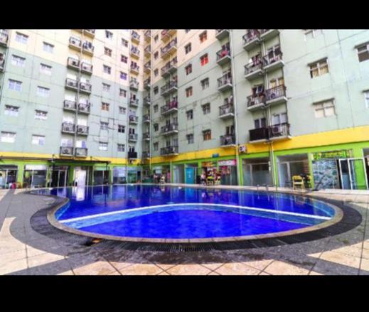 The Suites Metro Apartment by Putri Bandung - Exterior