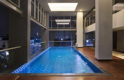 Aston Bellevue Radio Dalam Jakarta - Pool