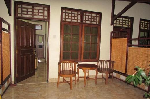Jakatawang Kostel No 16 Lombok - Terrace