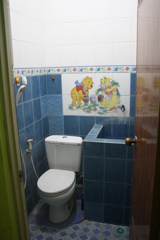 Bumi Asri Homestay Syariah Malang - bathroom