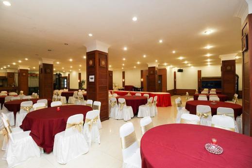 Airy Pontianak Selatan Pahlawan 40 - Restaurant