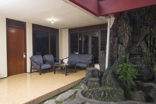 OYO 524 Makuta Hotel Near RSUD Kota Yogyakarta Yogyakarta - Common area