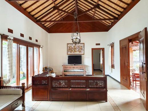 Villa Puri Bali Malang - Ruang utama