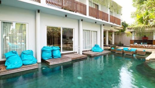 Aquarius Star Hotel Kuta - room