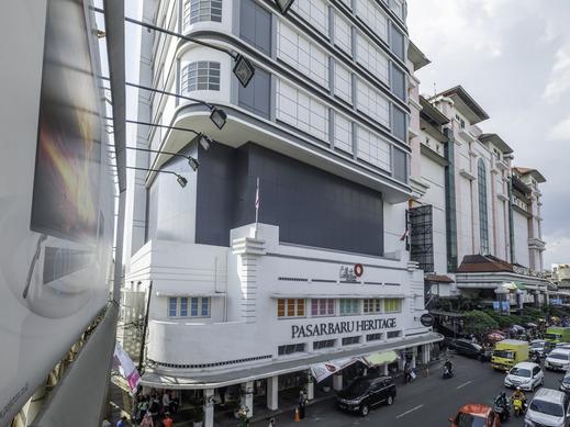 Collection O 22 Hotel Pasar Baru Heritage Bandung - Property Building