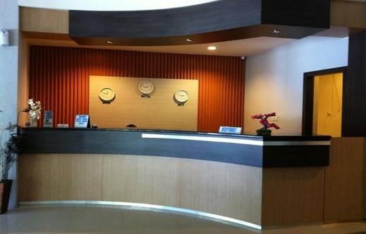 Benua Hotel Kendari Kendari - Lobby