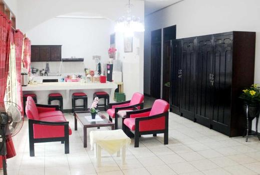 Puri Mama Family Guest House Lombok - Interior