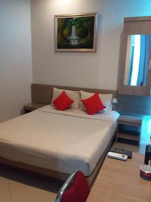 Hotel Domino Palembang - Deluxe room breakfast