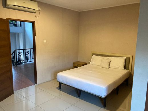 Cari 011 - Kusuma Kemang Suites Jakarta - Bedroom