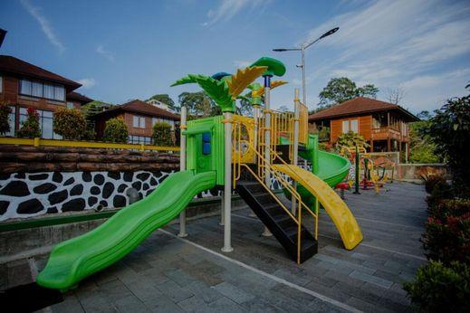 Villa Top View Bogor - Area bermain anak-anak