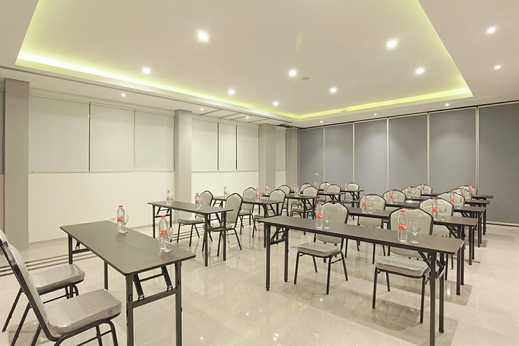 Facade Boutique Hotel Tawangmangu by Azana Karanganyar - ruang meeting