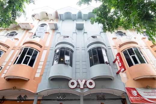 OYO 835 Metropolitan Home Stay Medan - Facade