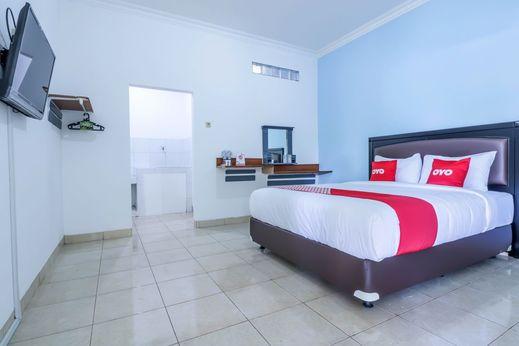 OYO 1755 De'balcon Accomodation Bali - Bedroom