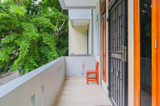 KoolKost Syariah @ Duri Kosambi Jakarta - Balcony