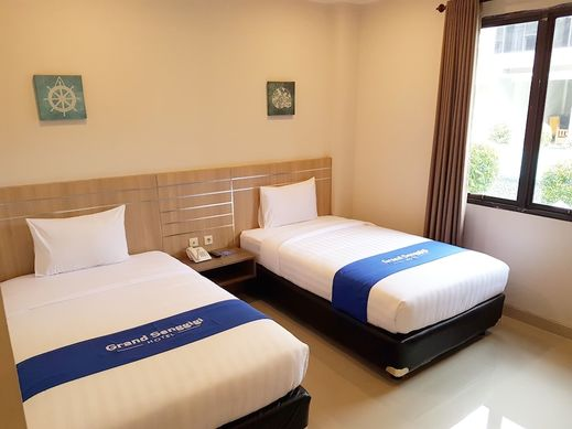 OYO 1655 Grand Senggigi Hotel Lombok - Guestroom