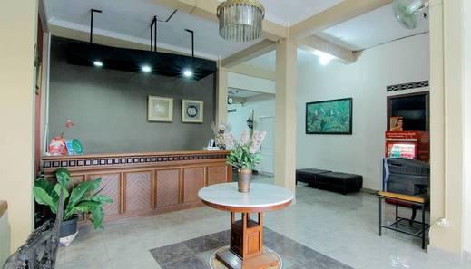 Emdi House Seturan Yogyakarta - Lobby