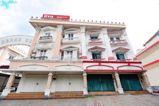 OYO 2298 Jebres House Syariah Solo - Facade