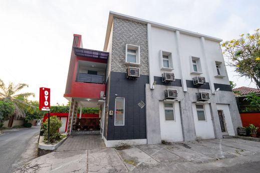 OYO 1829 Zaira House Jogja - Facade