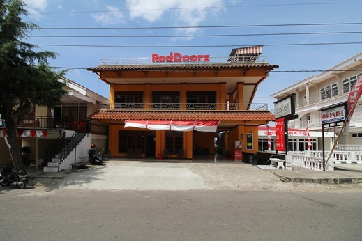 RedDoorz near Sarangan Lake Magetan - Photo