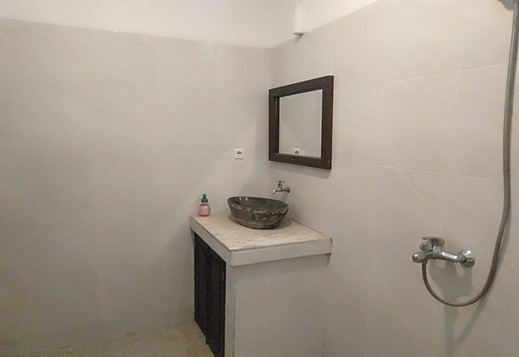 Padanta Homestay Lombok - Bathroom