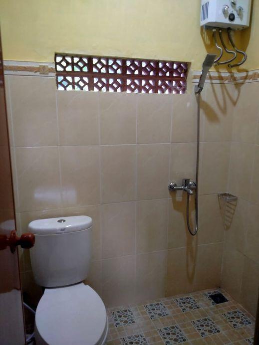 Omah Biyung Magelang - Bathroom