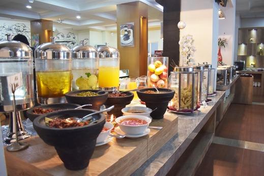 Abadi Hotel Malioboro Jogja Jogja - Buffet Breakfast