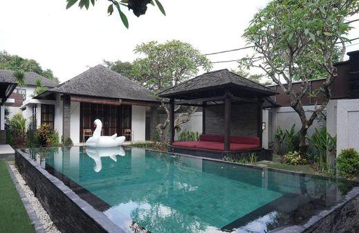 Villa Litera Seminyak Bali - Pool