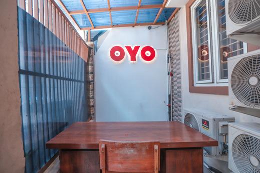 OYO 150 Harmoni Residence Jakarta - Reception
