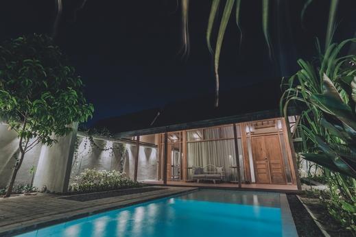 Ayom Java Village Solo Solo - Villa Gelung dengan kolam renang pribadi