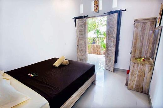 D'reborn Guest House Bali - Bedroom