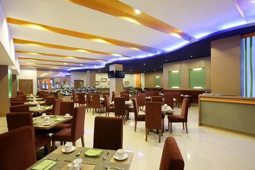 Hotel Santika Palu - Interior