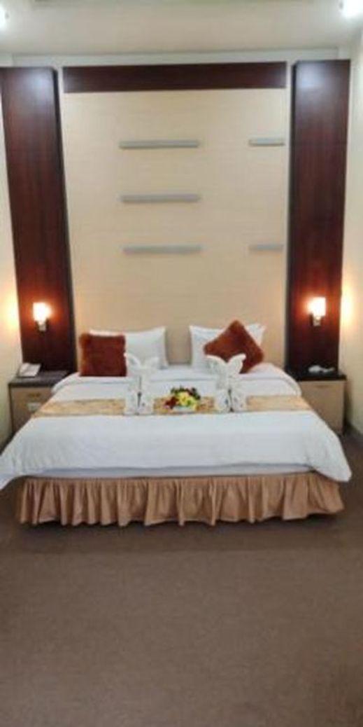 Grand Sahada Hotel SYARIAH Labuhan Batu Selatan - Guest room