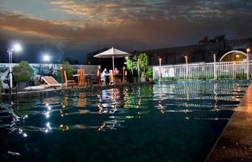 Gowongan Inn Malioboro Hotel Yogyakarta - Kolam Renang