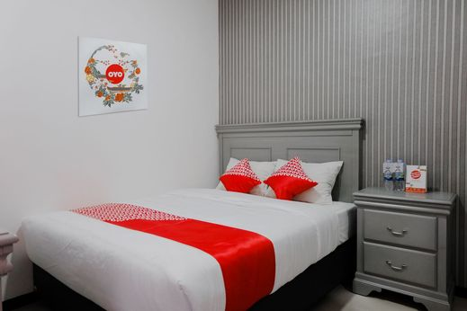 OYO 1108 Smart Tlogomas Malang - Bedroom