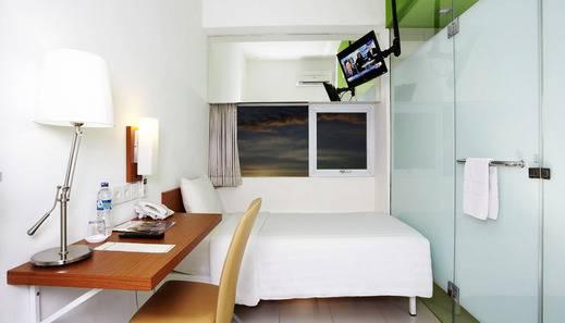 Whiz Hotel Pemuda Semarang - Kamar Single