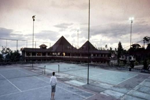 Queen Garden Hotel Banyumas - Lapangan Tenis