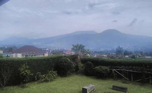 Villa 121 Lembang Bandung - Pemandangan