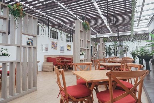 The Radiant Center Tangerang Selatan - Interior Restoran
