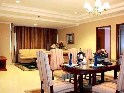 Travellers Suites Hotel Medan -