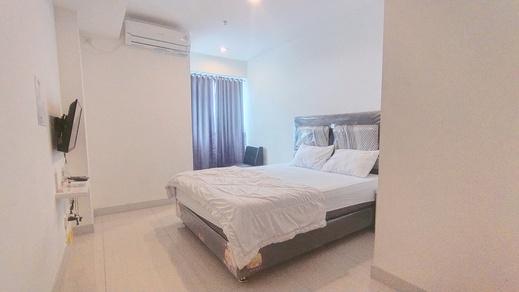 Apt Grand Kamala Lagoon by My Rooms Bekasi - bedroom