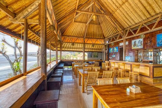 Manta Cottage With Sea View Bali - Restaurant