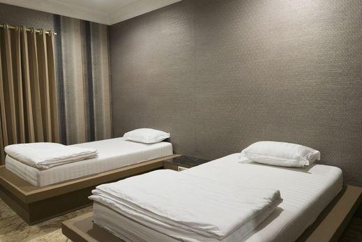 Hotel RAJA AKAS Palu - Room